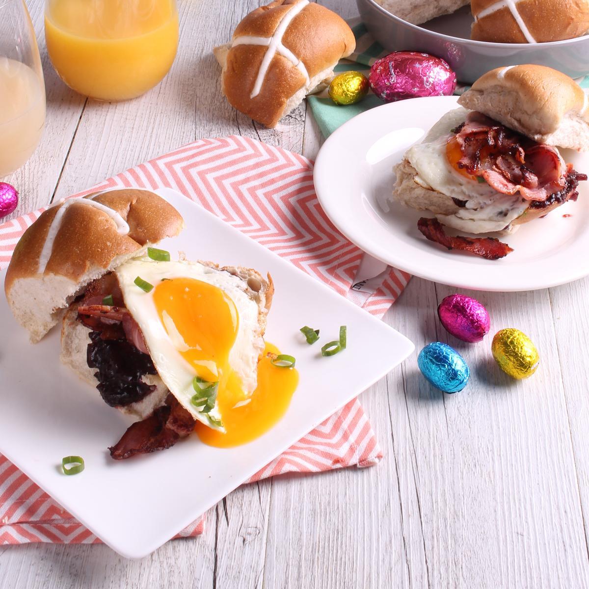 aster breakfast - ham and egg hot cross buns
